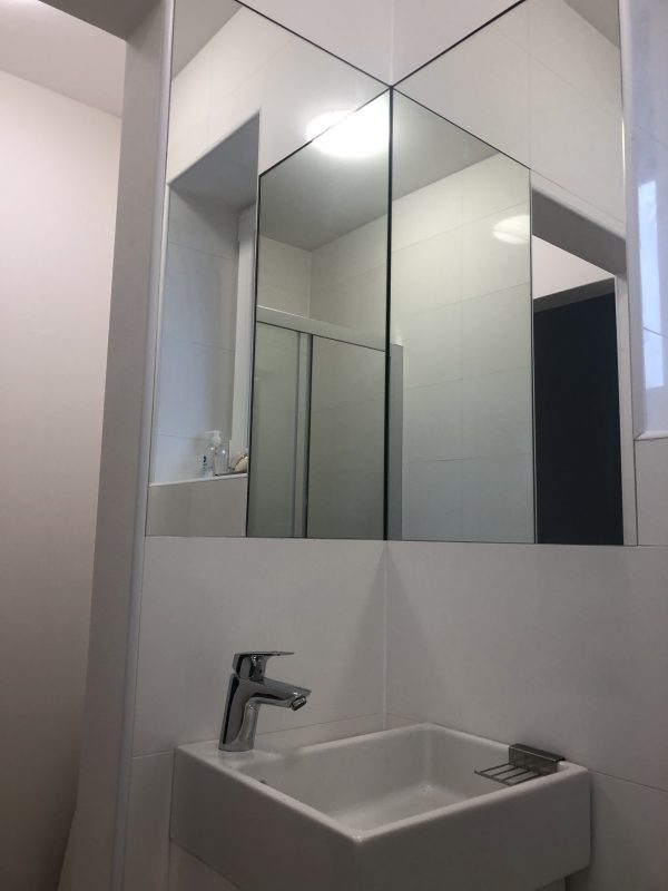 rohové zrkadlo 1